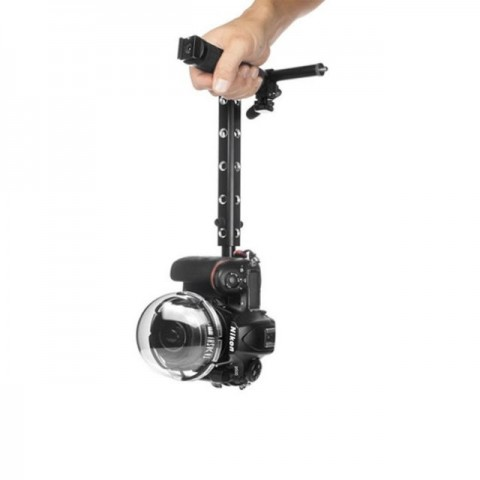 Tadashi Thandle - Telescopic Camera Handle